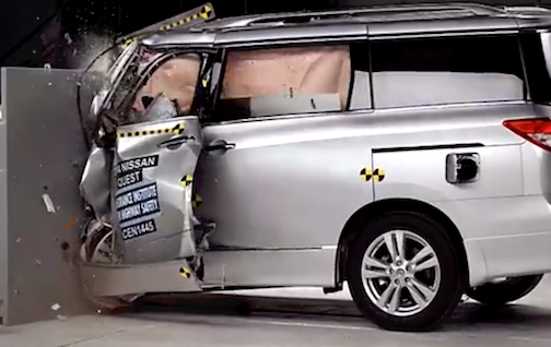2014 Nissan Quest crash test